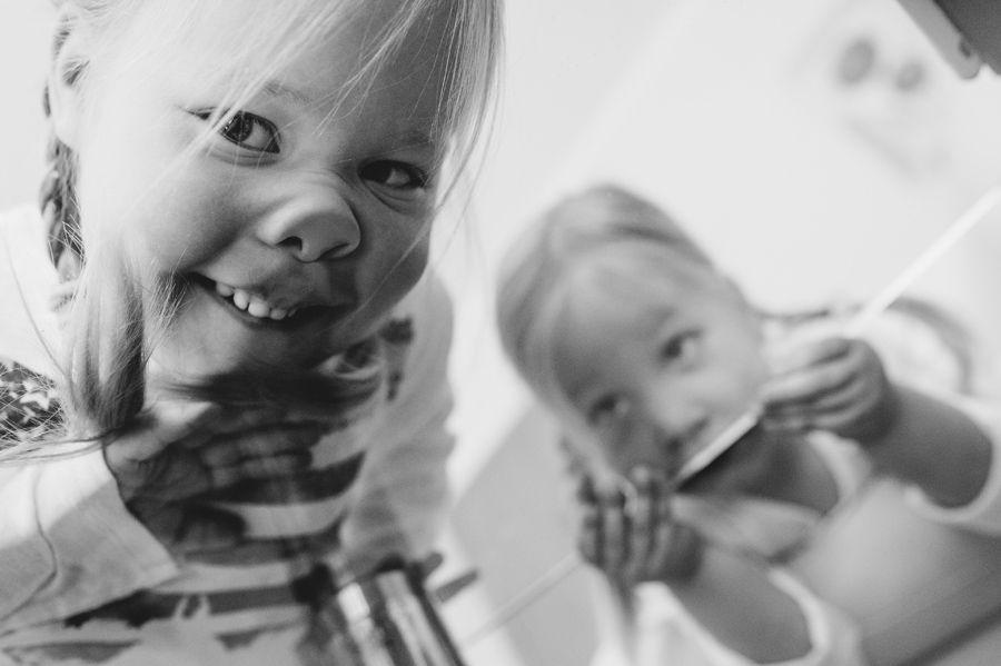 documentaire ongedwongen spontane familiefoto's fotograaf gezin