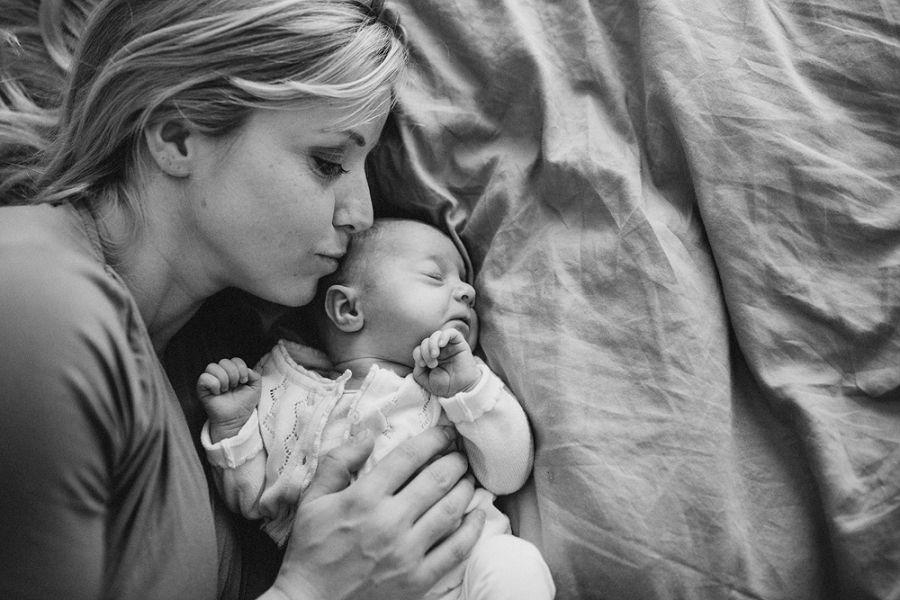 Lifestyle-newbornfotografie-familiefotografie-Arnhem_0012.jpg