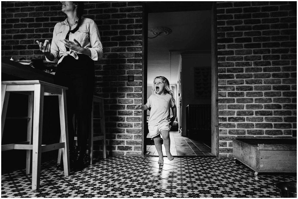 ongeposeerde familiefotografie fotoshoot gezin