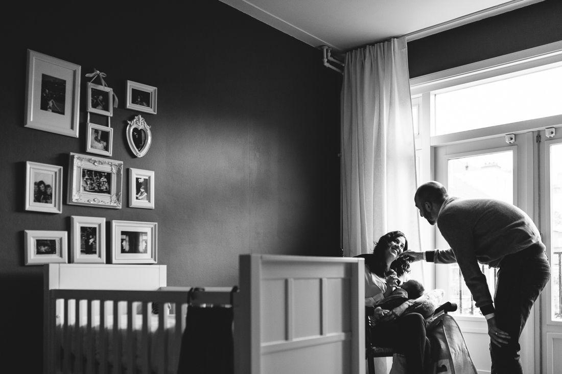Lifestyle newbornfotografie fotograaf newborn Eindhoven