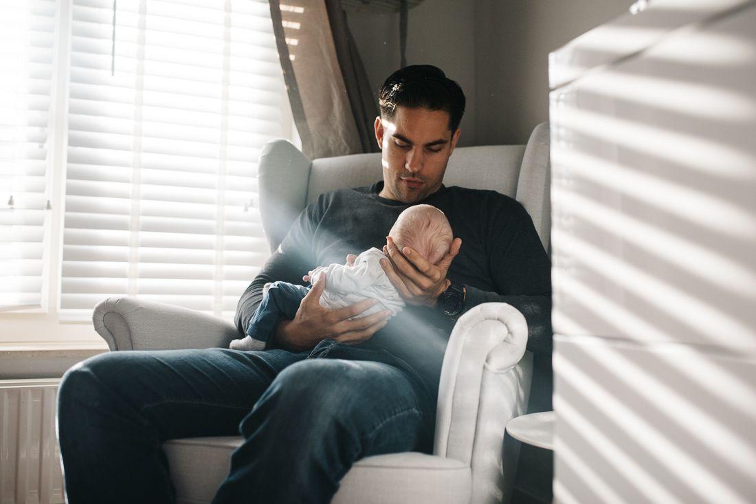 natuurlijke newbornfoto's fotograaf newborn Helmond