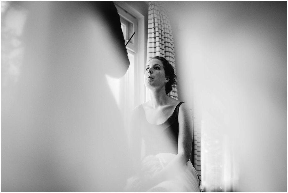 Journalistieke bruidsfotografie fotograaf bruiloft Den Bosch Eindhoven 012.jpg