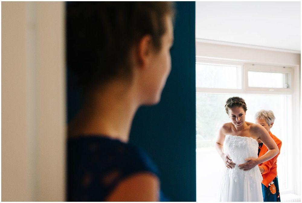 Journalistieke bruidsfotografie fotograaf bruiloft Den Bosch Eindhoven 024.jpg
