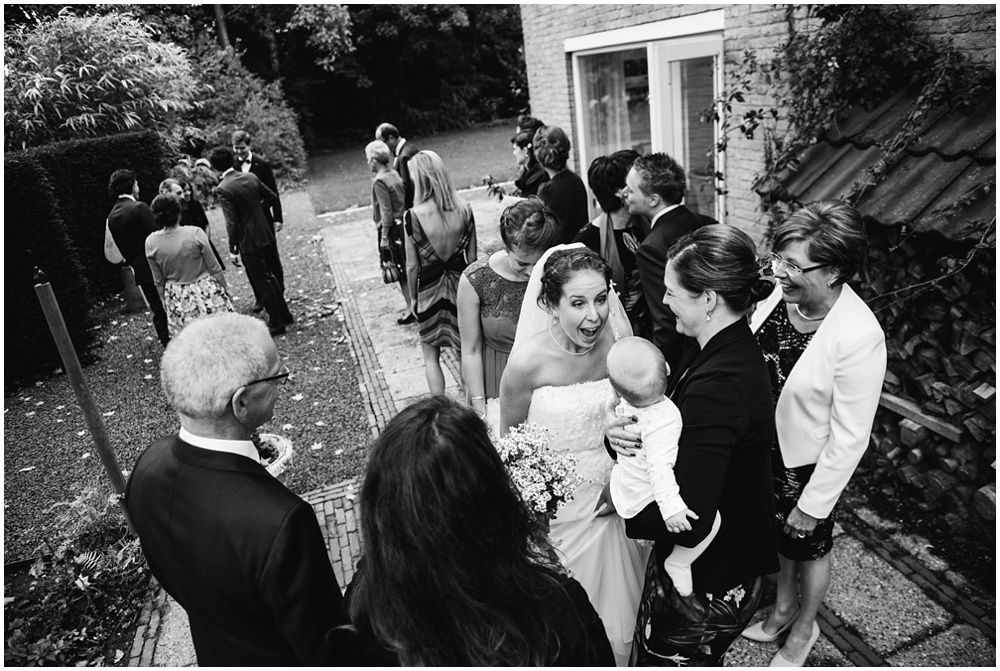 Journalistieke bruidsfotografie fotograaf bruiloft Den Bosch Eindhoven 070.jpg