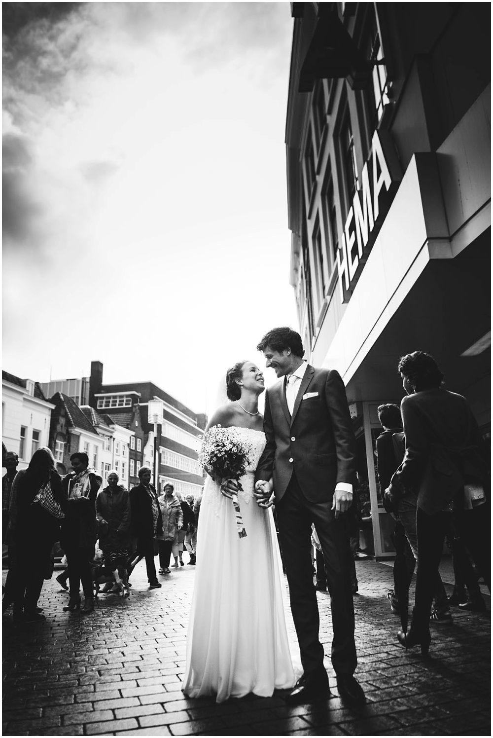 Journalistieke bruidsfotografie fotograaf bruiloft Den Bosch Eindhoven 095.jpg