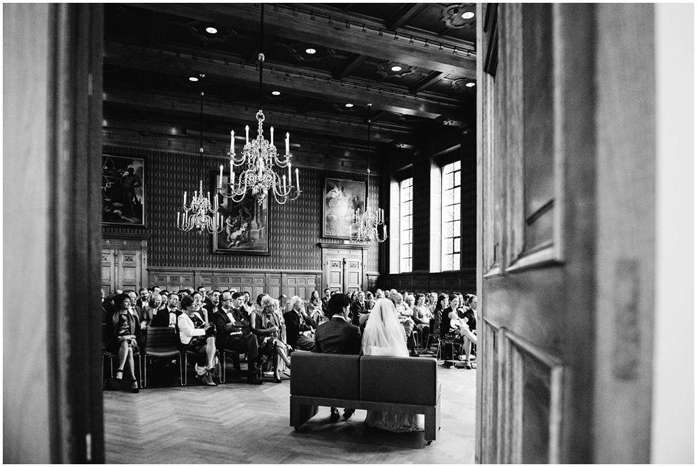Journalistieke bruidsfotografie fotograaf bruiloft Den Bosch Eindhoven 210.jpg