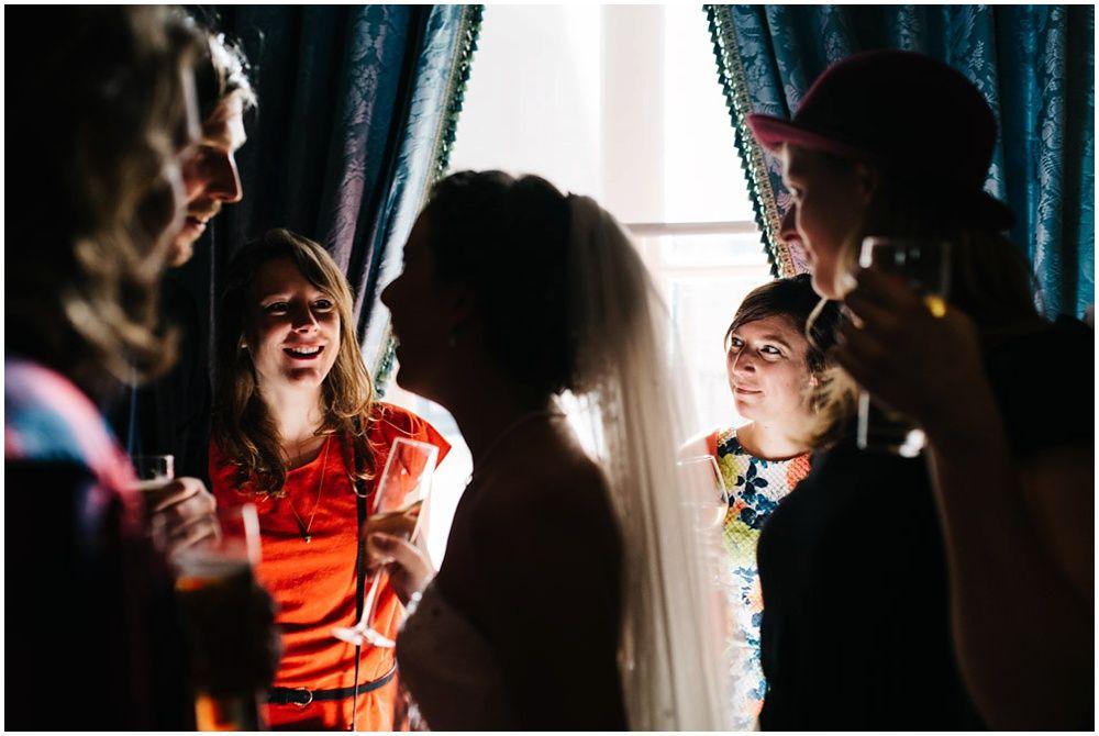 Journalistieke bruidsfotografie fotograaf bruiloft Den Bosch Eindhoven 315.jpg