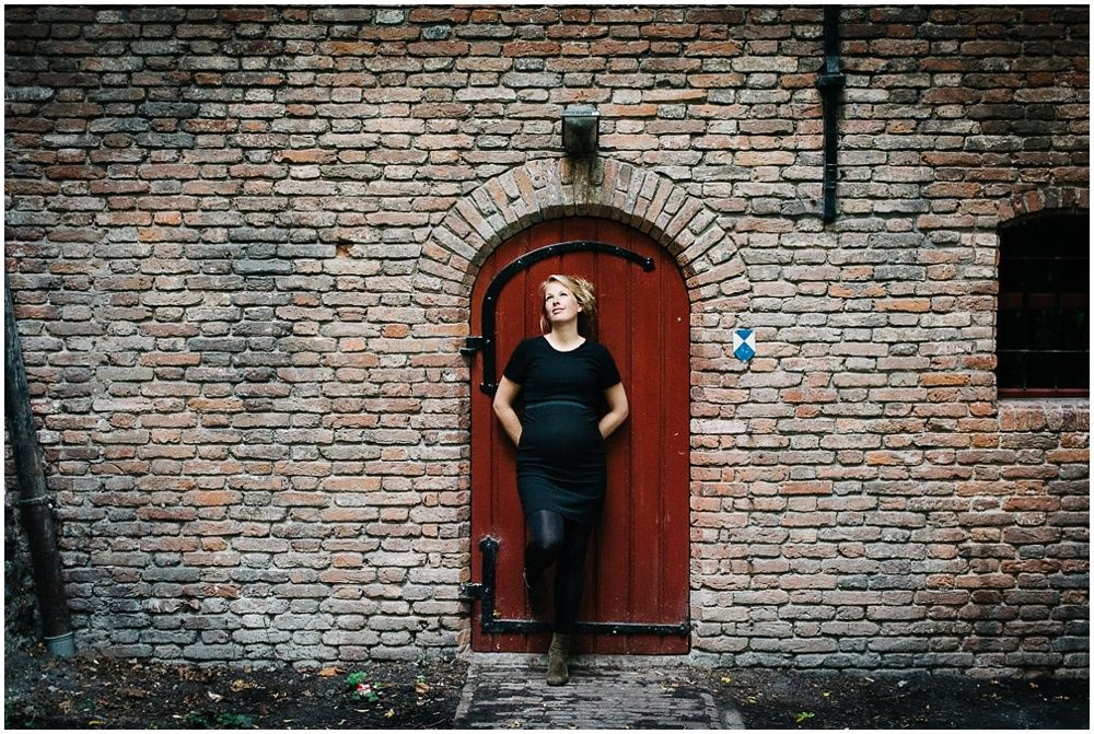 Zwangerschapsfotoshoot Utrecht fotograaf zwangerschap Utrecht 026.jpg