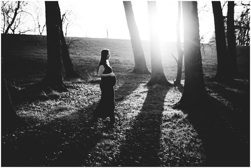 Artistieke zwangerschapsfotografie op locatie 020.jpg