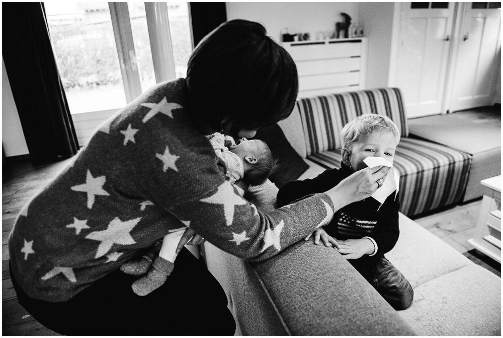 Documentaire familiefotografie ongeposeerde newbornfotografie_0019.jpg