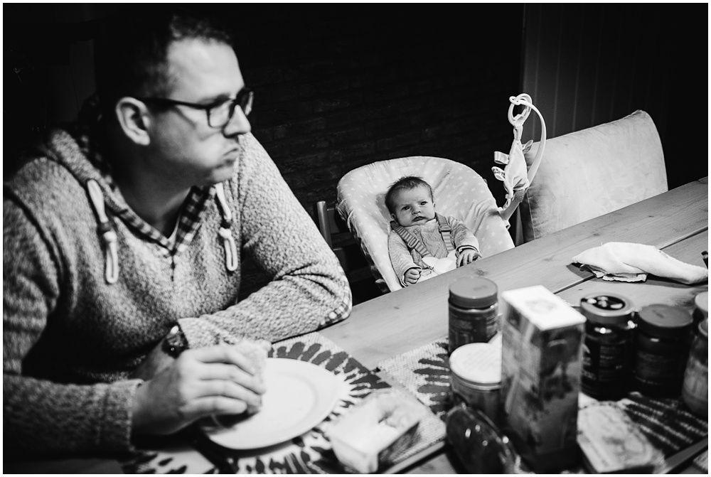 Documentaire familiefotografie ongeposeerde newbornfotografie_0029.jpg