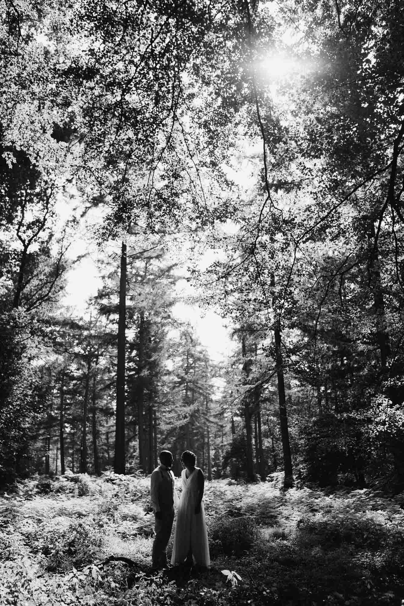 originele natuurlijke trouwfoto's bruidsfotograaf