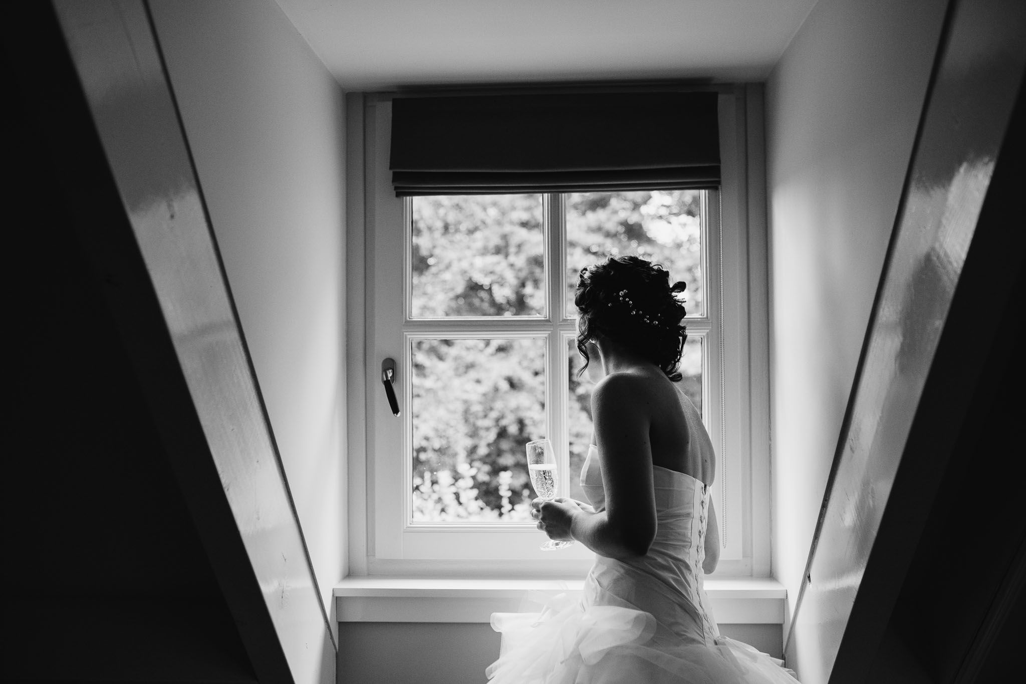 bruidsfotograaf ongeposeerd journalistiek Eindhoven