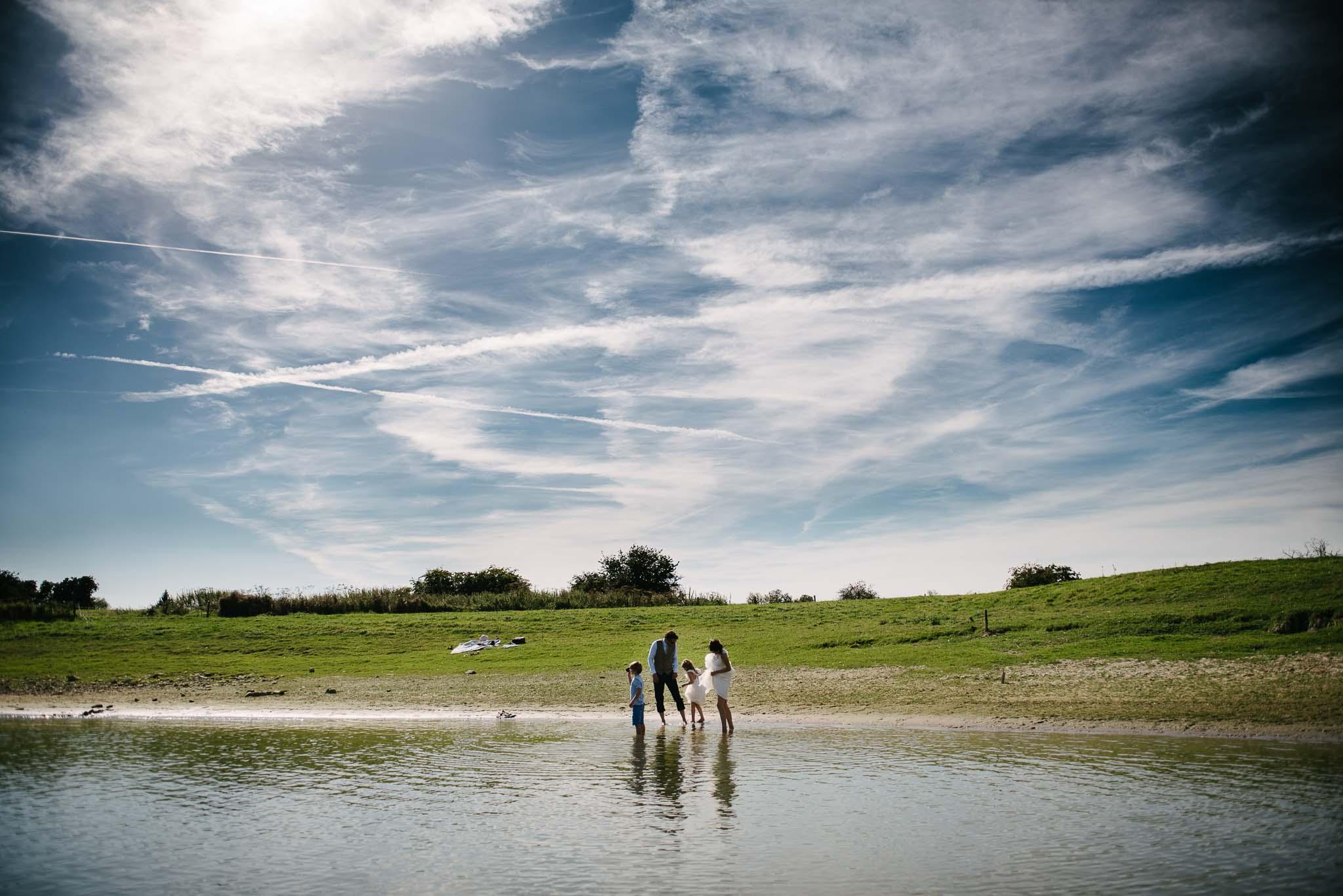 fotoshoot ongeposeerd bruidsfotograaf Arnhem