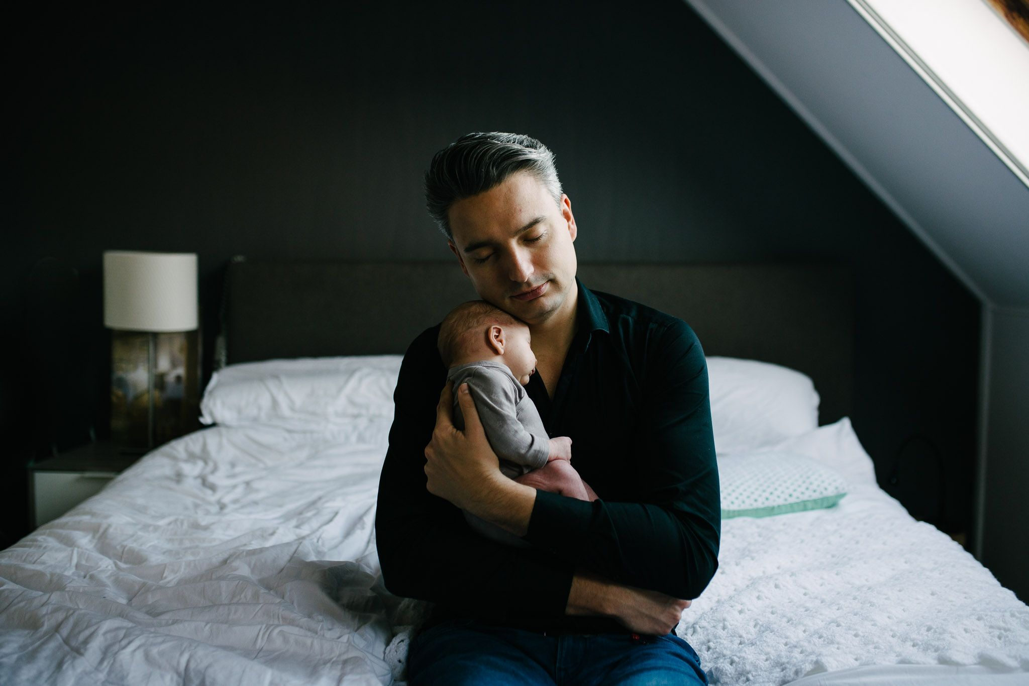 foto's newborn baby thuis lifestyle ongeposeerd