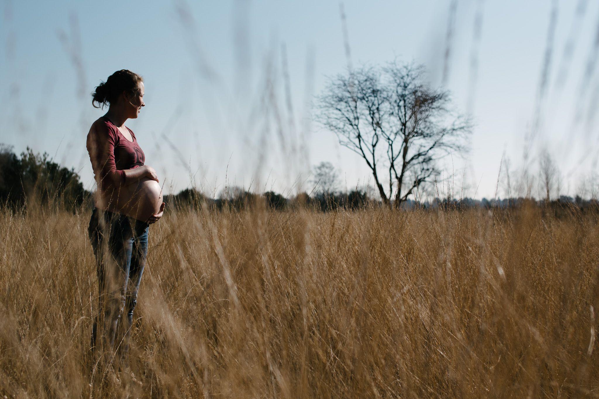 stoere zwangerschapsfoto's Eindhoven
