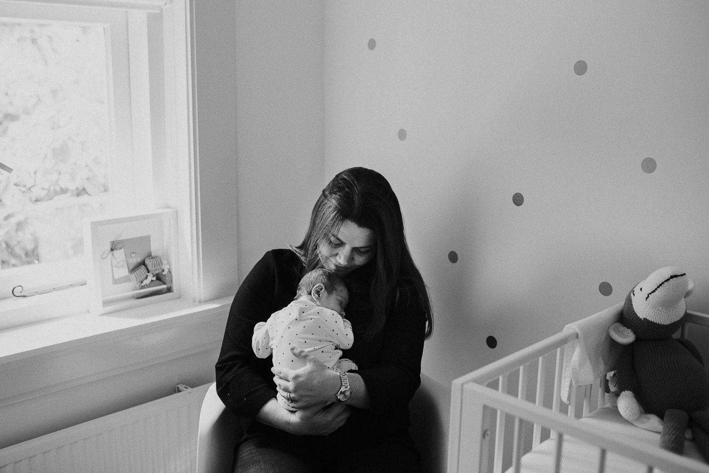fotoshoot newborn thuis ongeposeerd