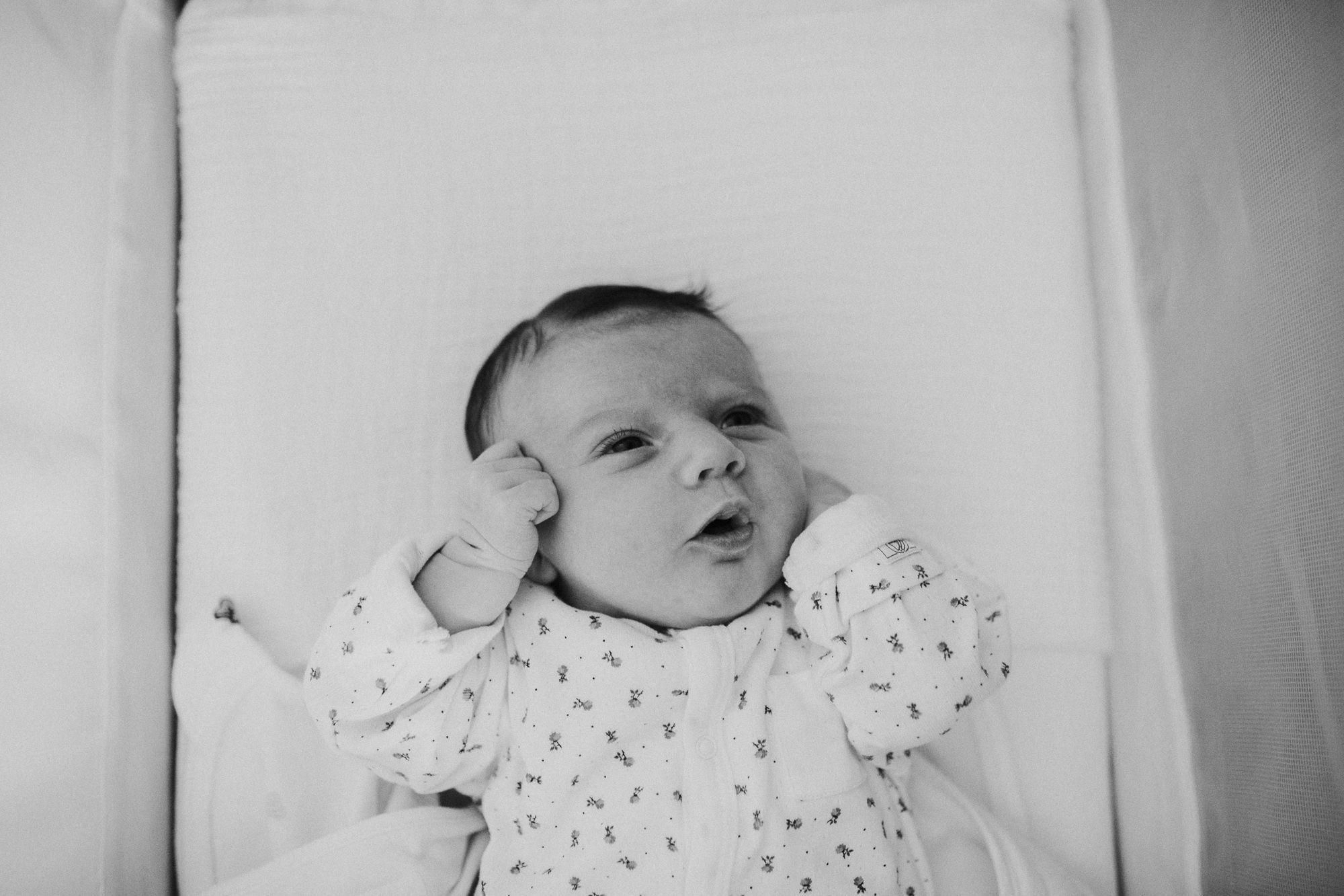 ongeposeerde foto's newborn Rotterdam