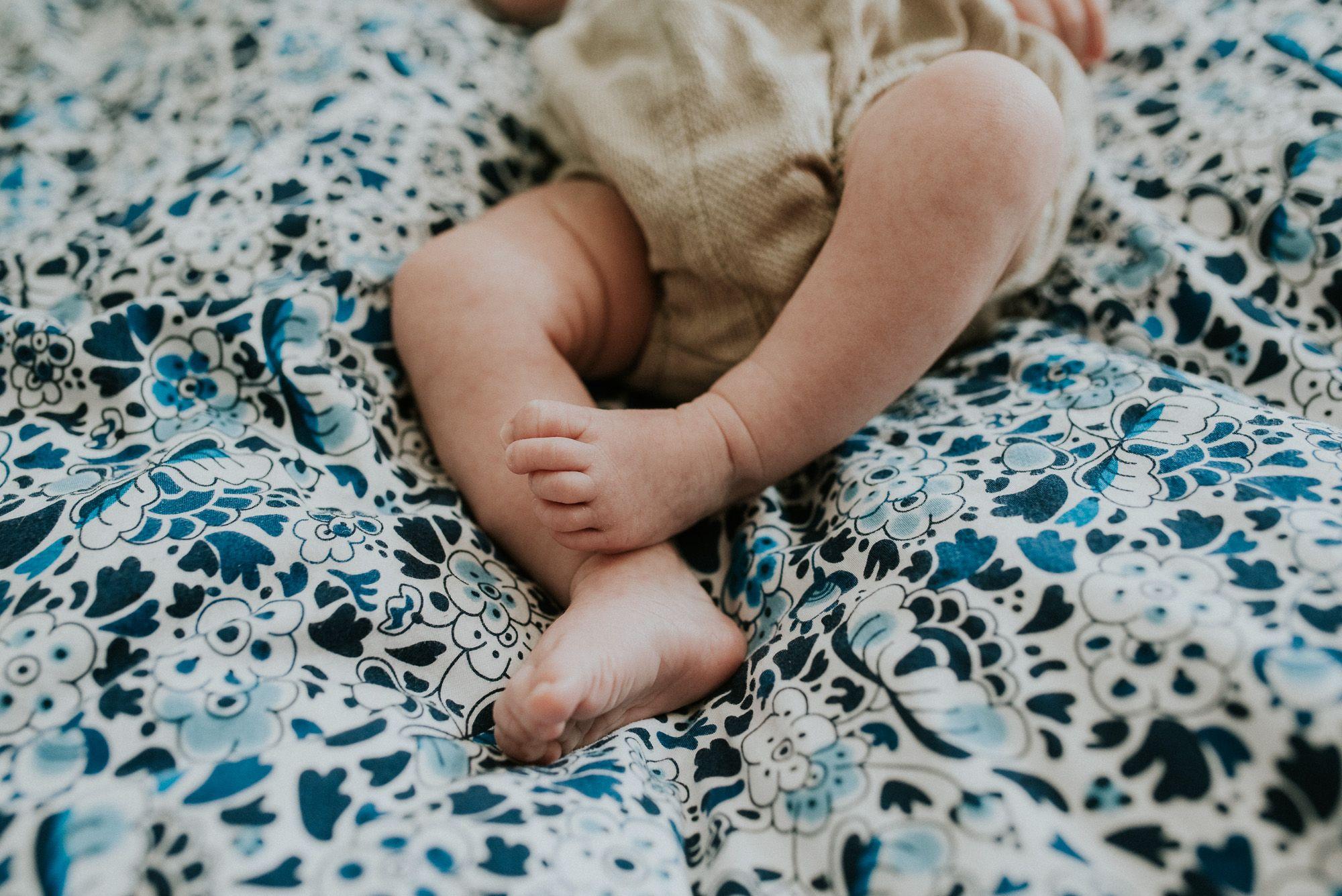 foto's newborn baby thuis