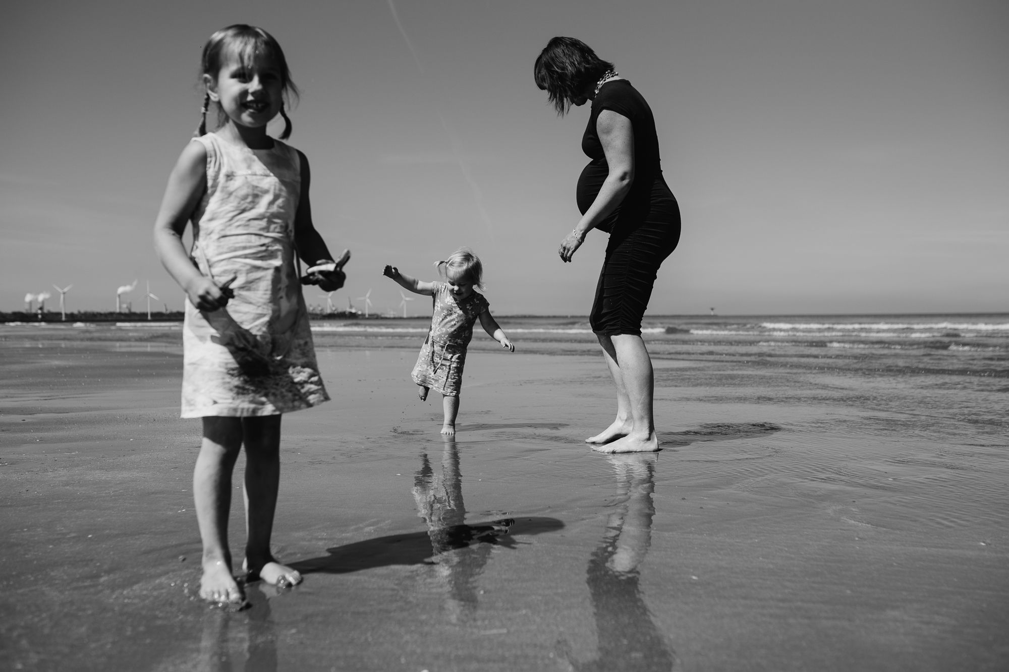 stoere foto's zwanger aan zee