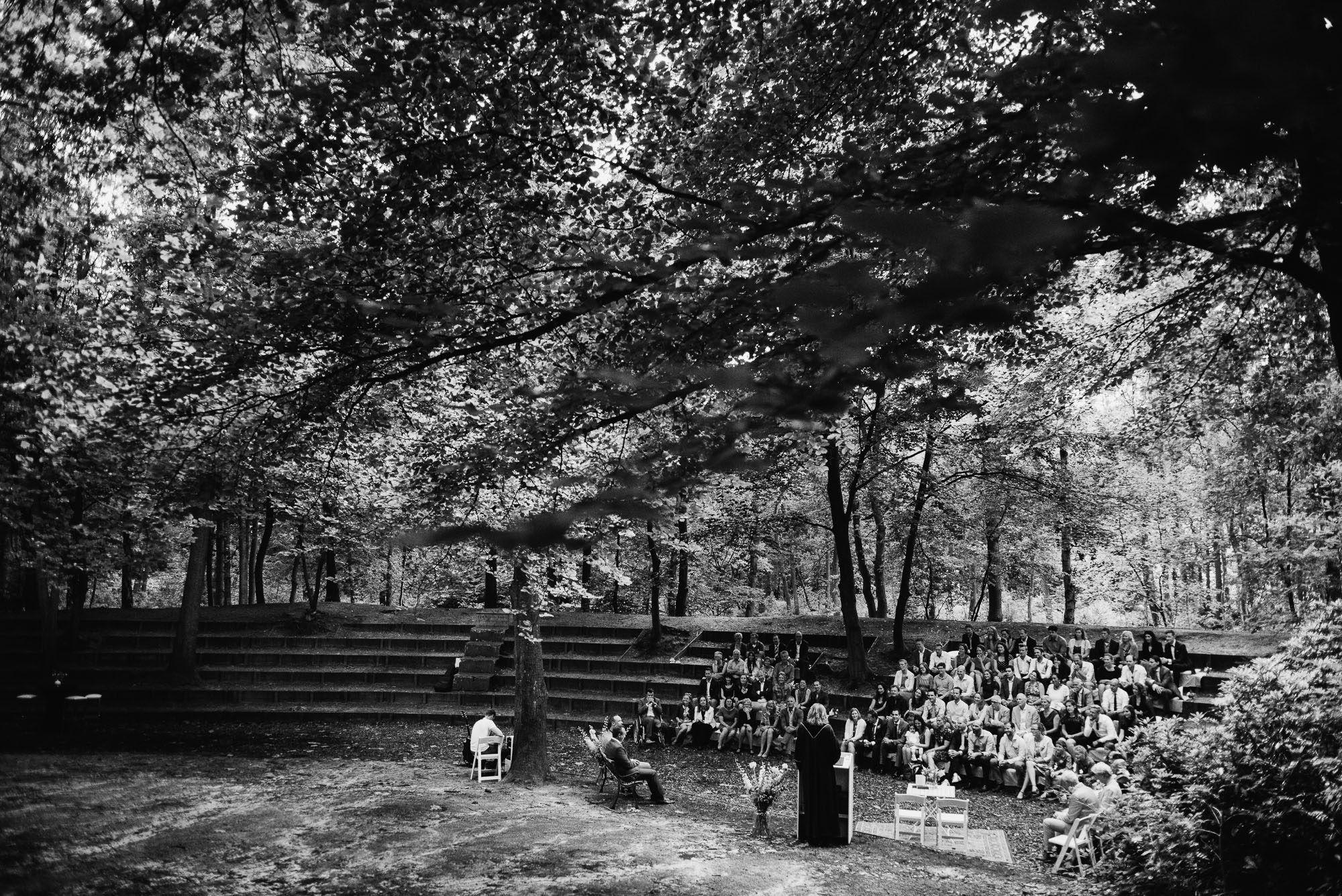 natuurlocatie bruiloft bos