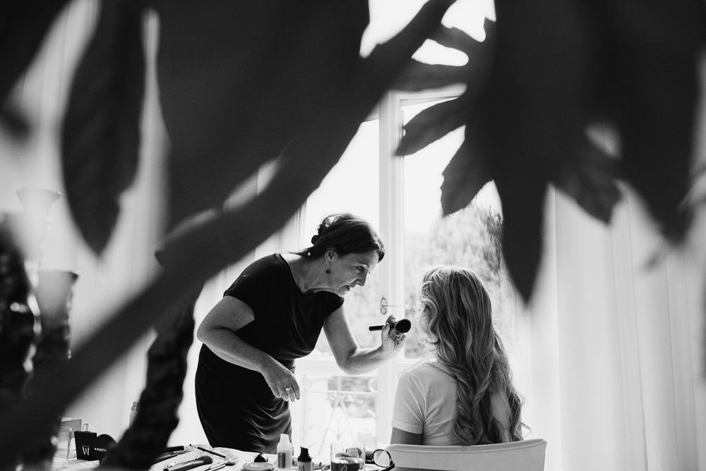 Journalistieke bruidsfotograaf maastricht