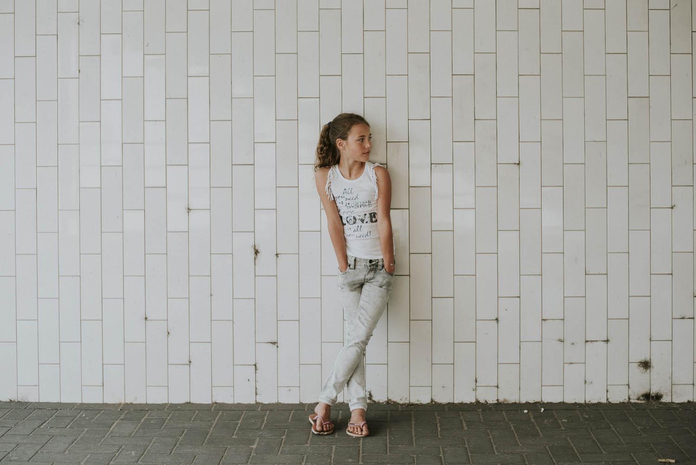 fotoshoot meisje buitenlocatie fashion