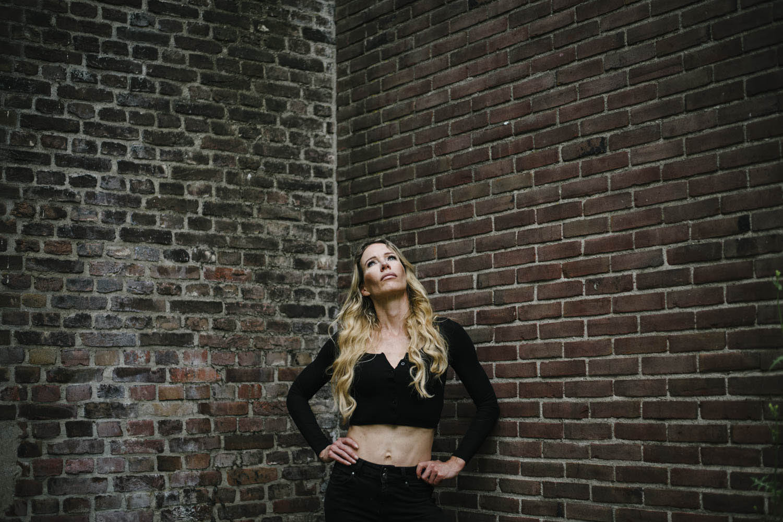 krachtig vrouwenportret portretfotograaf Tilburg